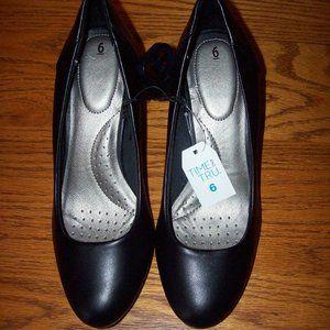 NWT Time&Tru Womens Black Pumps Heels Shoes Size 6
